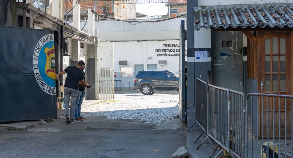 Fabrício Queiroz chega ao presídio de Bangu 8, no Rio de Janeiro