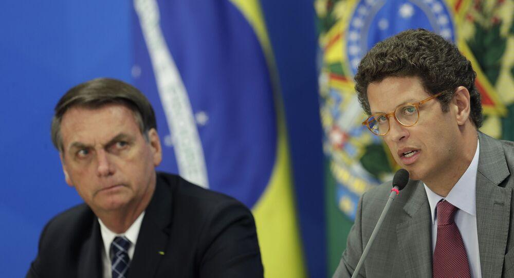 Ministro do Meio Ambiente, Ricardo Salles, é um dos que está com Bolsonaro desde o início do governo