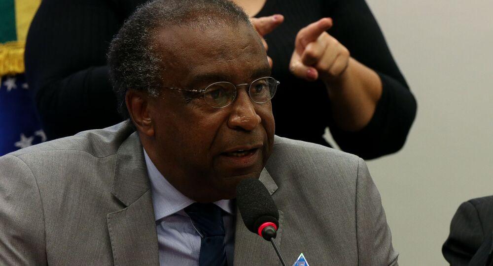 Carlos Decotelli (à esq), novo ministro da Educação, durante audiência sobre a pasta na Câmara dos Deputados, Brasília, DF, 27 de março de 2019