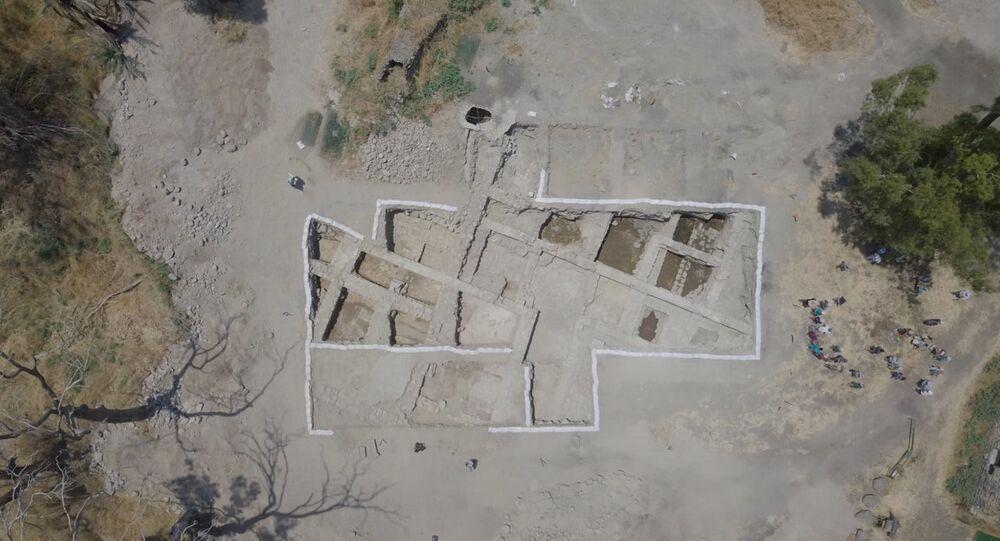Escavação de antiga igreja, que pode ser o lendário templo dos Apóstolos em Israel