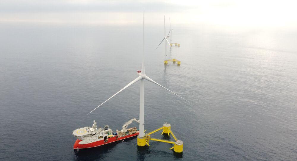 Parque eólico flutuante Windfloat Atlantic entra em atividade em Portugal