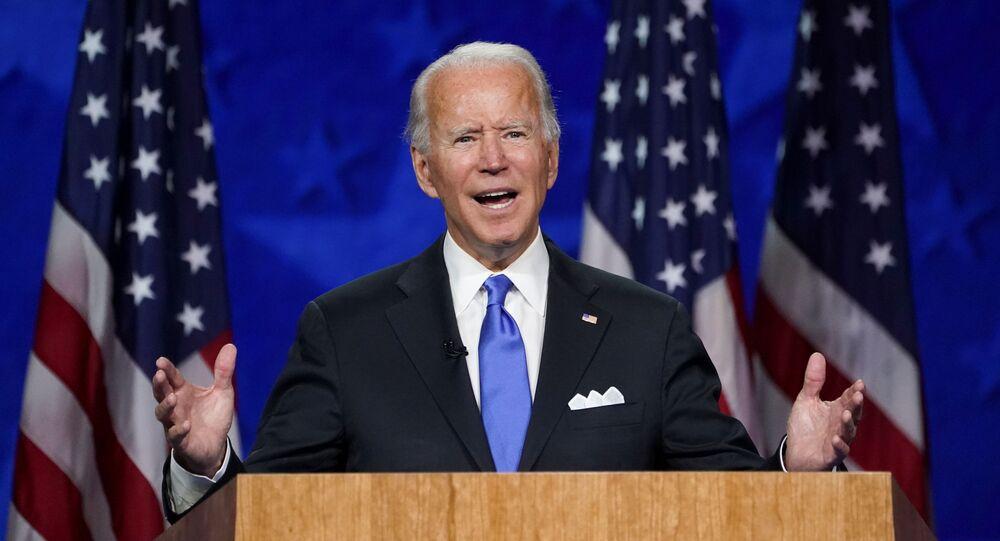 Joe Biden aceita nomeação do Partido Democrata como candidato presidencial.