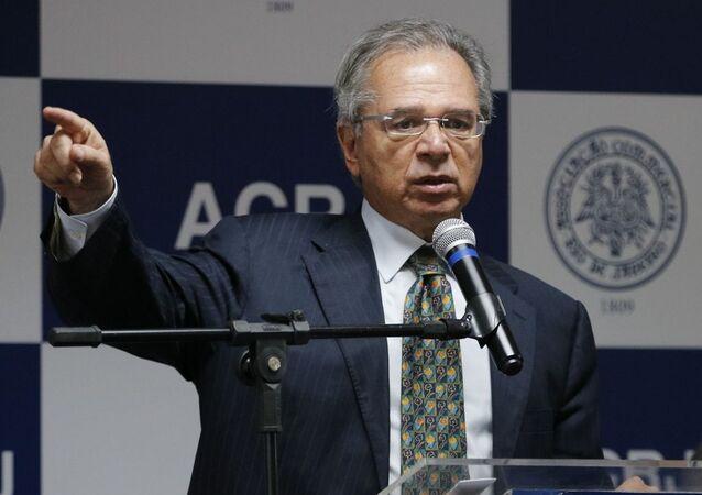 O ministro da Economia, Paulos Guedes, faz palestra durante encontro com empresários na Associação Comercial do Rio de Janeiro