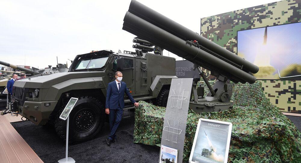 Sistema de mísseis antitanque Hermes no Fórum Internacional Técnico-Militar EXÉRCITO 2020, no parque militar Patriot