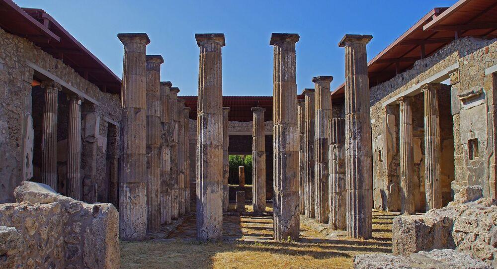 Ruínas de vila italiana (imagem referencial)