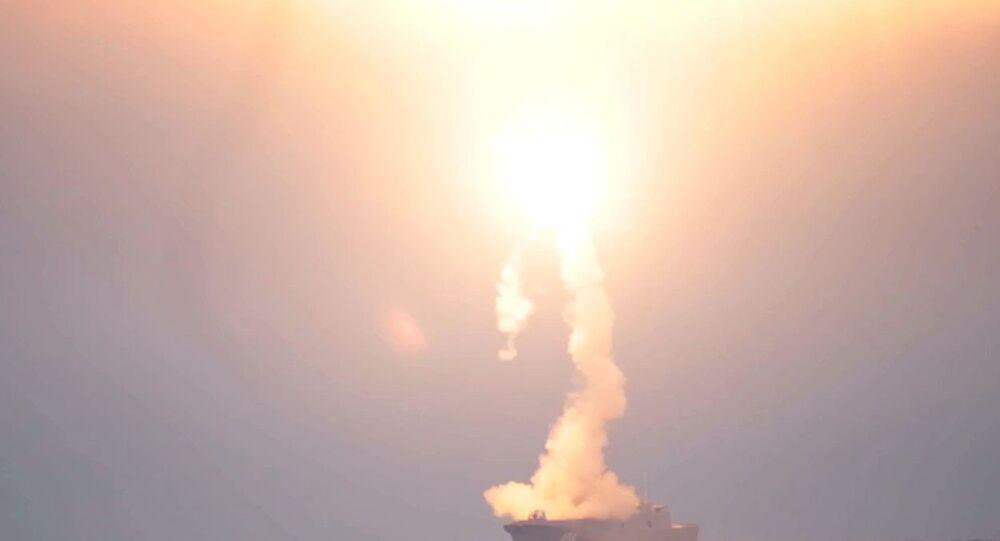 Teste do míssil hipersônico Tsirkon