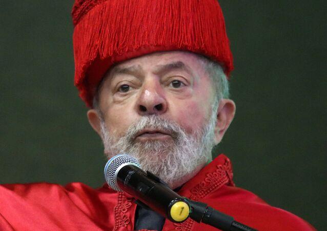 Em Teresina, o ex-presidente brasileiro Luiz Inácio Lula da Silva receber o título de Doutor Honoris Causa pela Universidade Federal do Piauí (UFPI), em 4 de abril de 2017