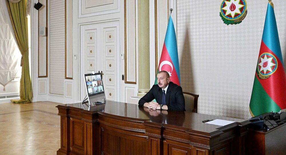 Ilham Aliev, presidente do Azerbaijão, durante uma reunião do Conselho de Segurança sobre a situação na fronteira com a Armênia