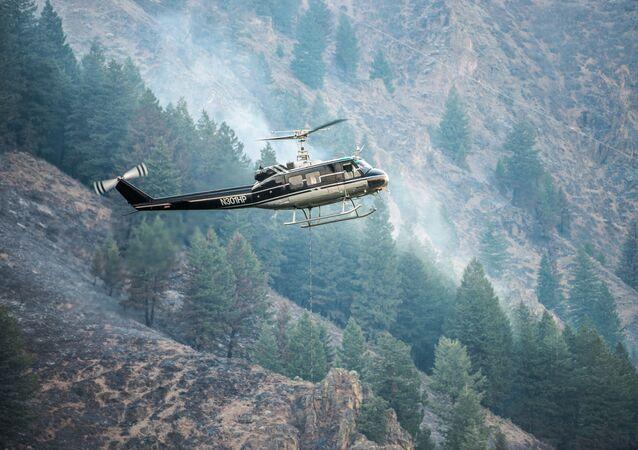 Helicóptero Bell UH-1H