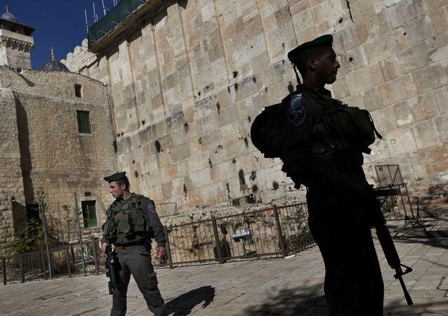 Militares israelenses em Hebron