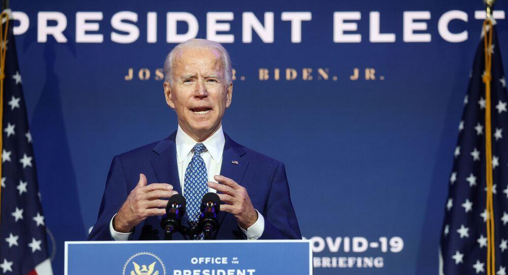 Candidato à presidência dos EUA, Joe Biden, durante coletiva de imprensa sobre a pandemia de COVID-19, em Wilmington, Delaware, Estados Unidos, 9 de novembro de 2020