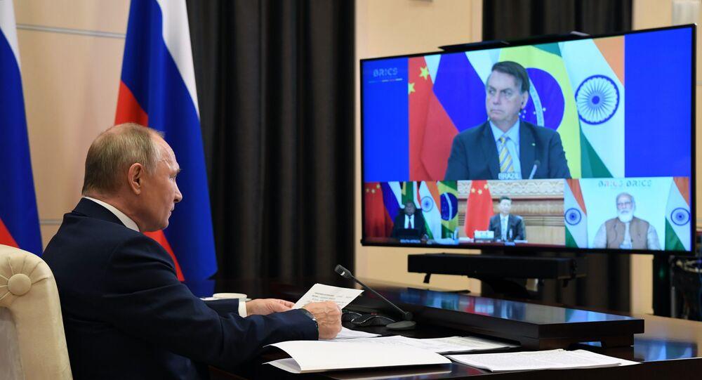 Presidente da Rússia, Vladimir Putin, preside à XII Cúpula de Chefes de Estado do BRICS, celebrada via videoconferência, 17 de novembro de 2020