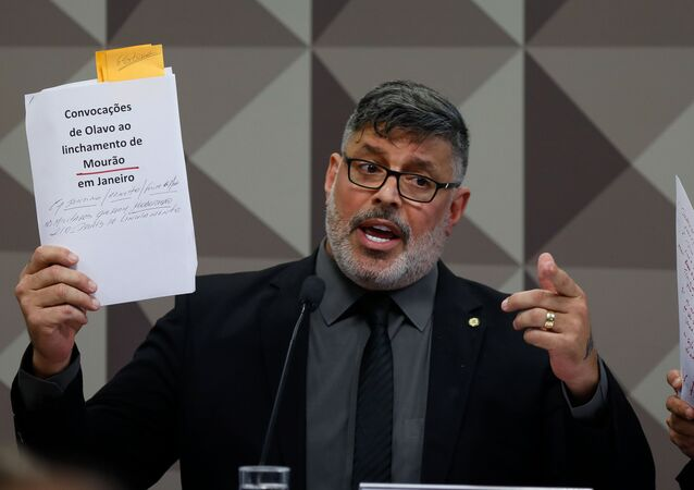 O deputado Alexandre Frota presta depoimento na CPMI das Fake News