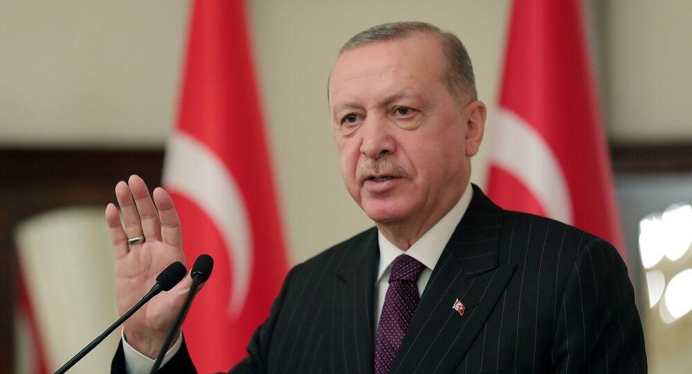Recep Tayyip Erdogan, presidente da Turquia, discursa durante reunião com embaixadores da União Europeia em Ancara, Turquia, 12 de janeiro de 2021