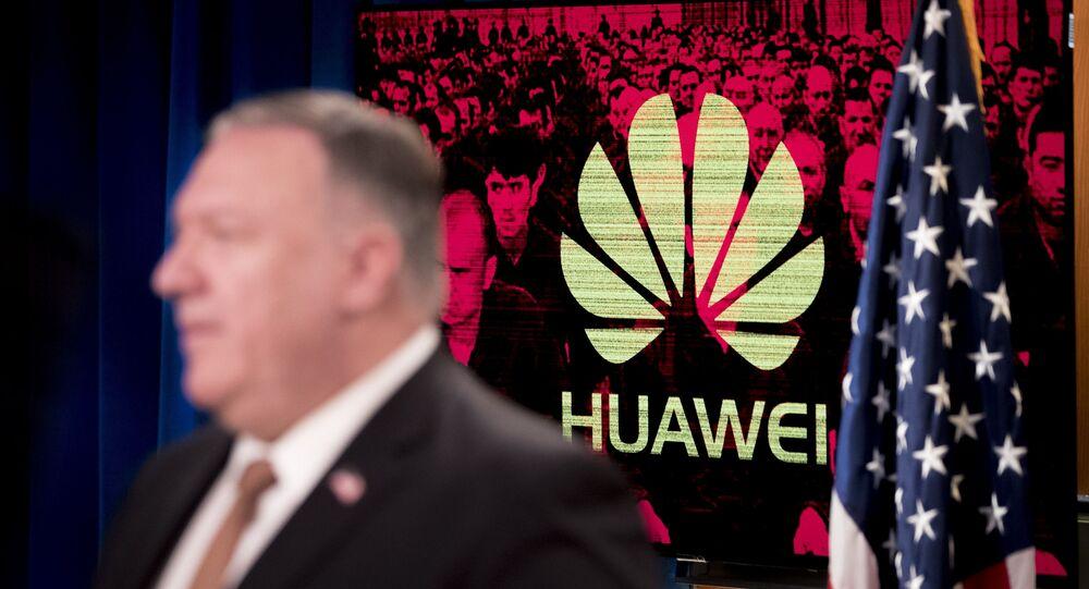 Mike Pompeo e Huawei