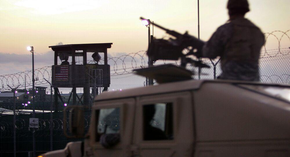 Veículo Automóvel Multifunção de Alta Mobilidade (Humvee) das Forças Armadas dos Estados Unidos