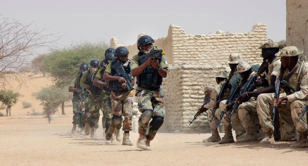 Forças da Nigéria e do Chade participam de exercício conjunto coordenado pelos EUA, com objetivo de combater ameaça terrorista na região do Sahel, na África central