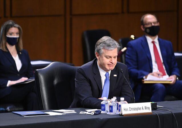 Diretor do FBI, Christopher Wray, participa de comitê no Senado que investiga invasão do Capitólio em 6 de janeiro