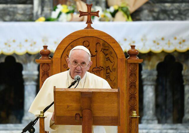 Papa Francisco faz oração na Igreja da Imaculada Conceição em Qaraqosh, Iraque, 7 de março de 2021