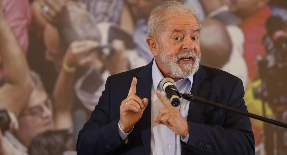 Ex-presidente do Brasil, Luiz Inácio Lula da Silva, discursa no Sindicato dos Metalúrgicos, em São Bernardo do Campo (SP), 10 de março de 2021