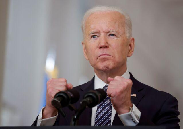 Presidente dos EUA, Joe Biden, discursa sobre o combate à pandemia de COVID-19, na Casa Branca, Washington, EUA, 11 de março de 2021