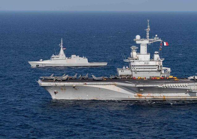 Exercícios navais conjuntos entre França e do Egito