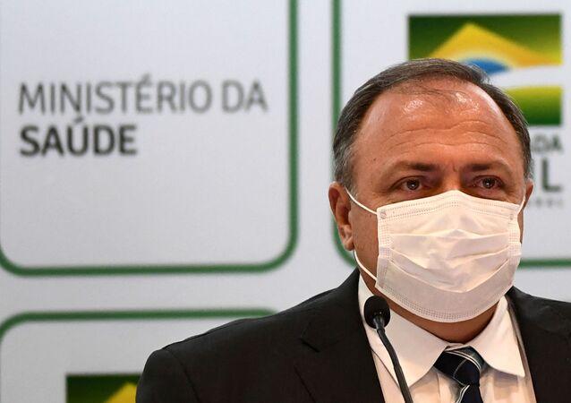 Ministro da Saúde, general Eduardo Pazuello, durante conferência de imprensa em Brasília, 15 de março de 2021