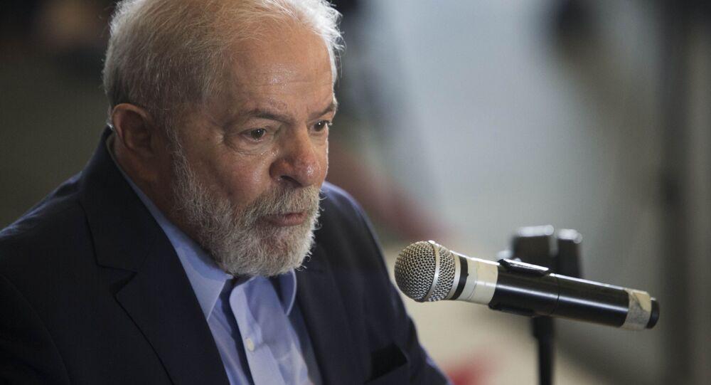 Em São Bernardo do Campo, o ex-presidente Luiz Inácio Lula da Silva (PT) fala durante coletiva de imprensa, em 10 de março de 2021