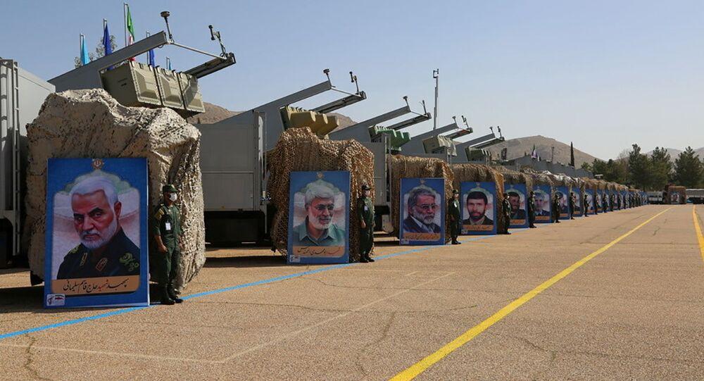 No Irã, mísseis da divisão naval do Corpo de Guardiões da Revolução Islâmica são exibidos, em 15 de março de 2021