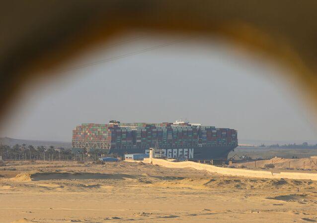 Navio Ever Given encalhado no canal de Suez, no Egito, em 28 de março de 2021