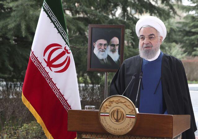 Hassan Rouhani, presidente do Irã, profere mensagem de Ano Novo iraniano, ou Nowruz, em Teerã, Irã, 20 de março de 2021