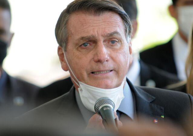 Em visita a Chapecó (SC), Bolsonaro volta a dizer que não haverá lockdown no Brasil, no dia 7 de abril de 2021