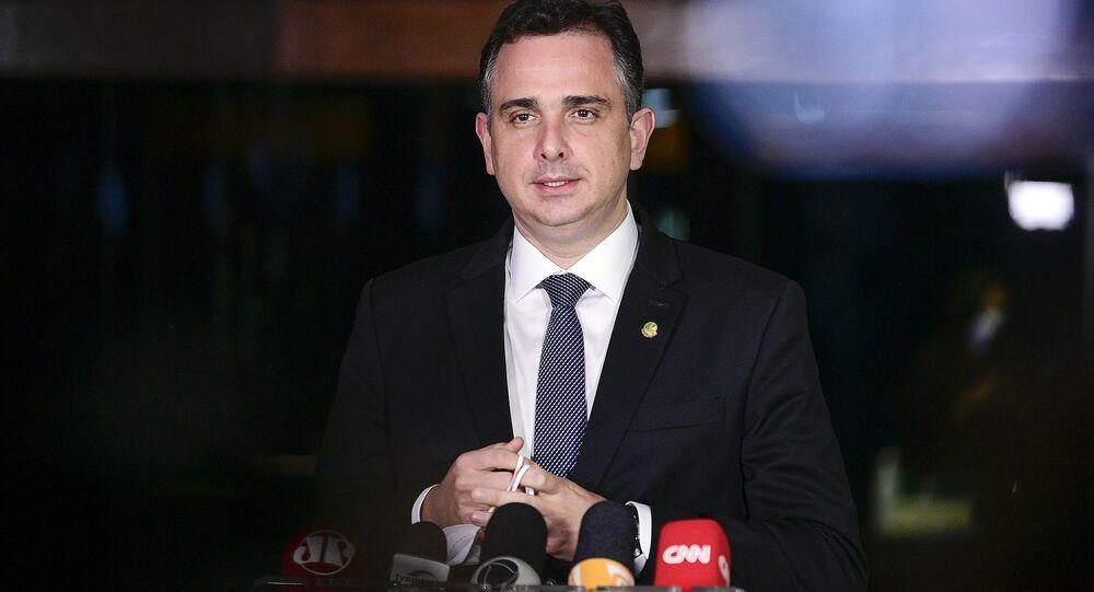 Presidente do Senado Federal, senador Rodrigo Pacheco (DEM-MG), concede entrevista coletiva.