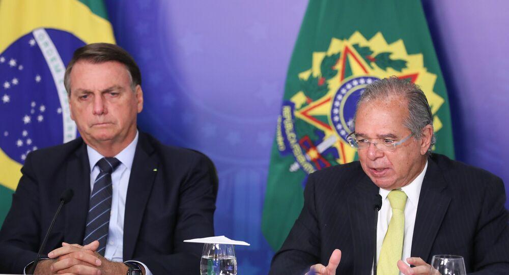 Presidente da República, Jair Bolsonaro, e ministro da Economia, Paulo Guedes, 26 de janeiro de 2021