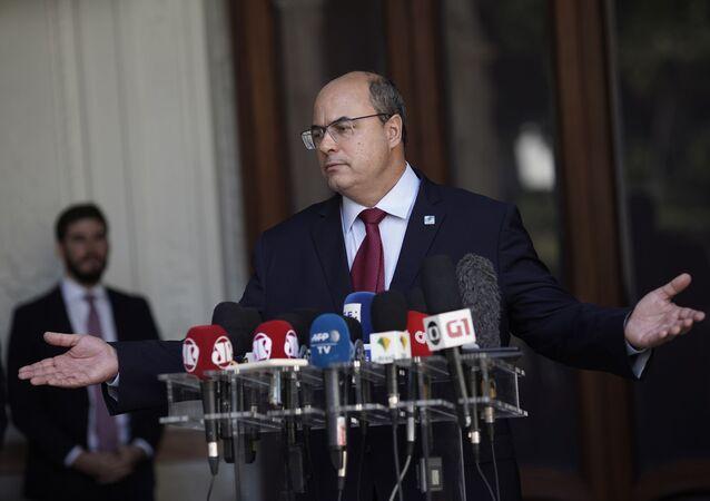 O governador afastado do Rio de Janeiro, Wilson Witzel, durante pronunciamento.