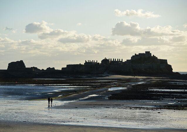 Ilha de Jersey, uma dependência autônoma do Reino Unido