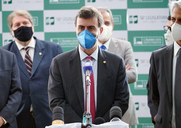 Deputado Marcelo Freixo (PSOL-RJ) e parlamentares da oposição durante entrevista coletiva na Câmara dos Deputados, no dia 19 de maio de 2021