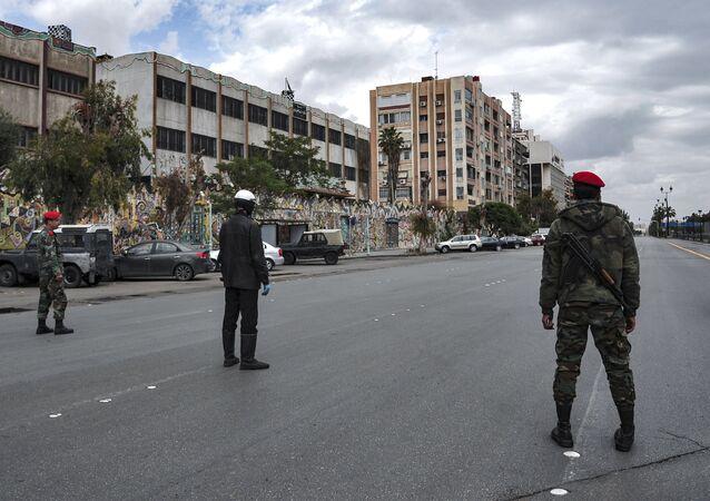 Militares e policiais da Síria em Aleppo, Síria (imagem referencial)