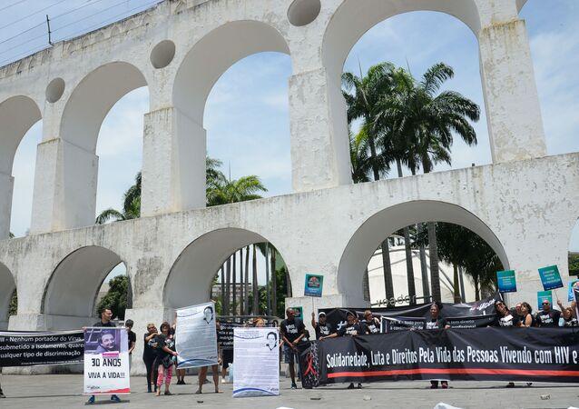 Grupo Pela Vidda faz ato no Dia Mundial de Luta Contra a Aids nos Arcos da Lapa, no Rio de Janeiro, em 1 de dezembro de 2019