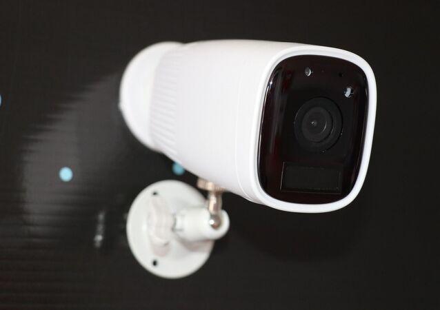 Câmera de vigilância interna (imagem ilustrativa)
