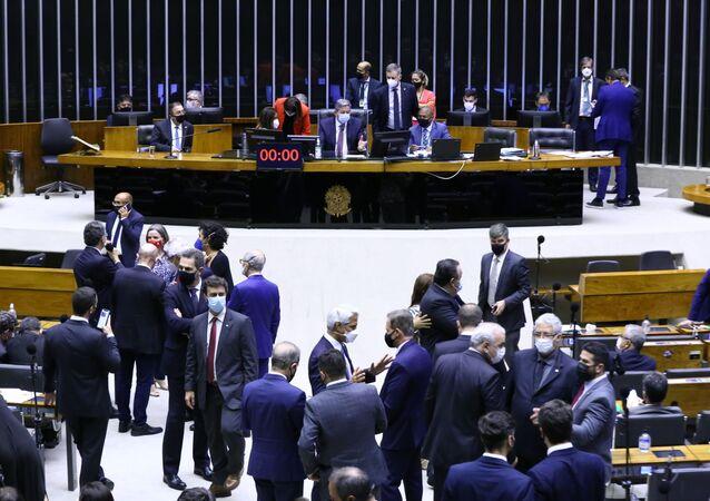 Discussão e votação de propostas na Câmara dos Deputados, 11 de agosto de 2021