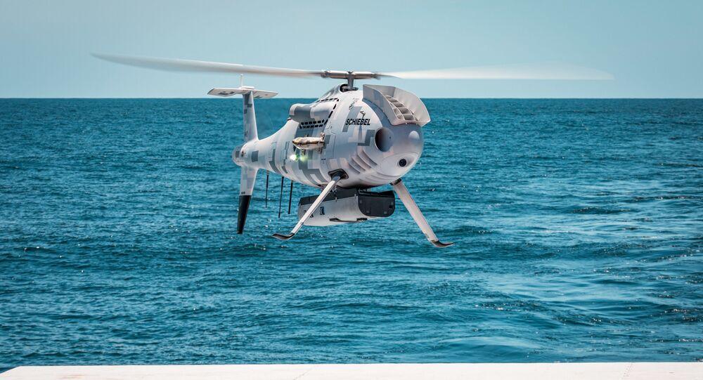Helicópteros não tripulado Camcopter S-100 da empresa austríaca Schiebel