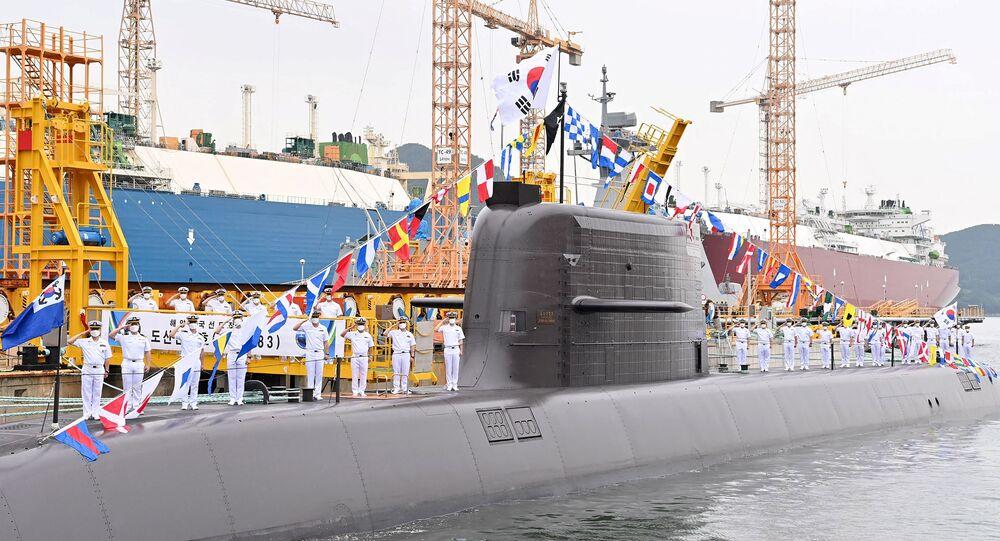 Coreia do Sul comissiona 1º submarino de mísseis balísticos construído no país