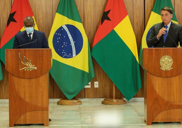 Coletiva no Palácio do Planalto em Brasília (DF), nesta terça-feira (24), após cerimônia e revista as tropas com o senhor Presidente da República Jair Messias Bolsonaro e o General Umaro Sissoco Embaló, Presidente da República da Guiné-Bissau