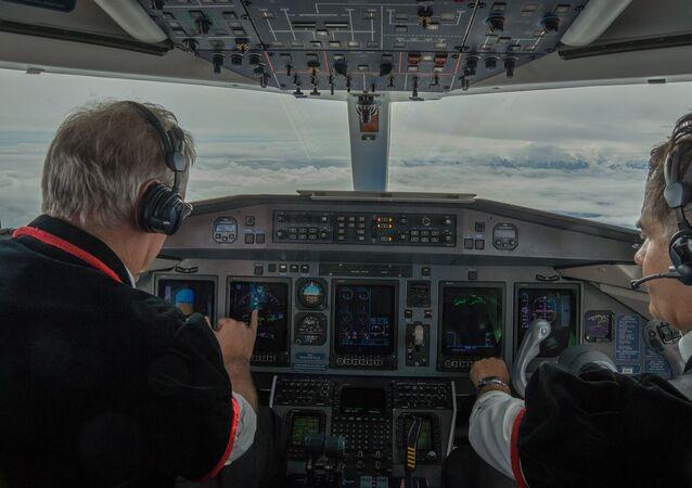 Cabine de avião (imagem referencial)