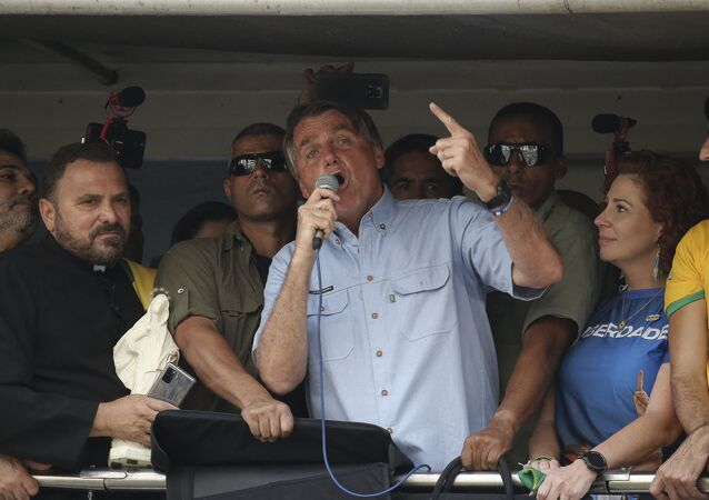 Presidente Jair Bolsonaro (sem partido) faz discurso durante manifestação em seu apoio em São Paulo, em 7 de setembro de 2021