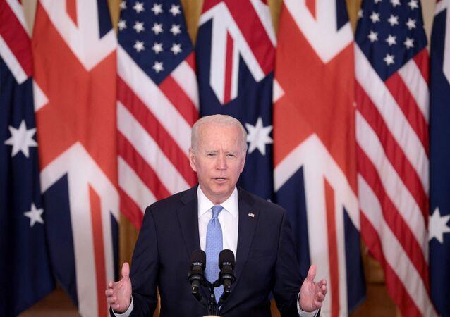 Presidente dos EUA, Joe Biden discursa sobre aliança com a Austrália e o Reino Unido durante evento na Casa Branca