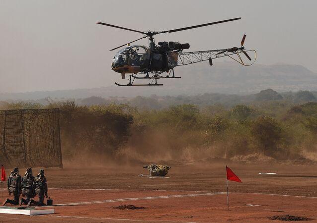 Helicóptero Cheetah do Exército da Índia