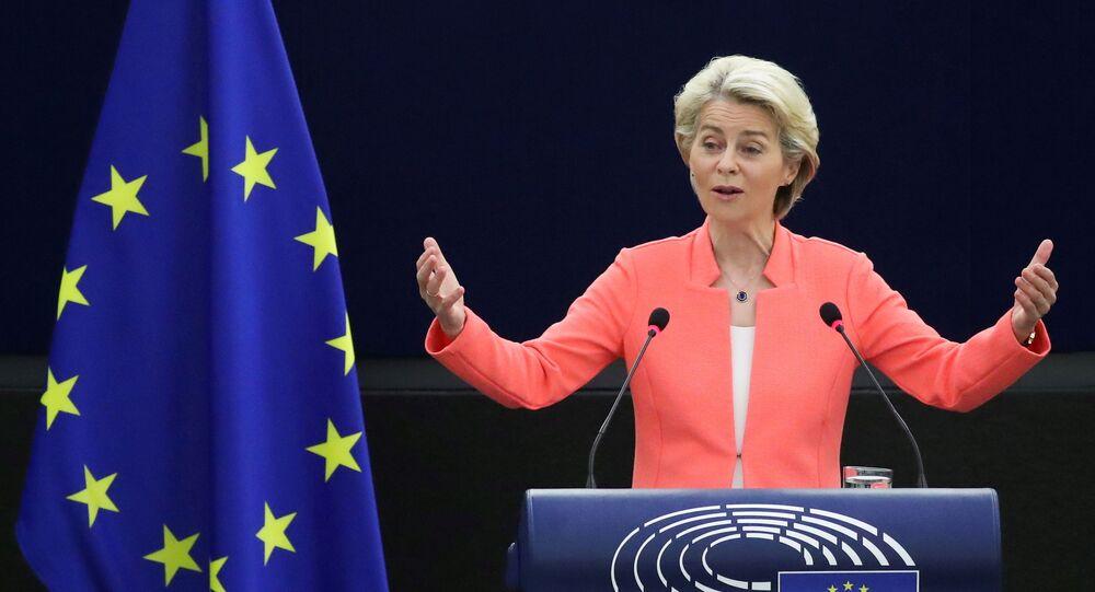Ursula von der Leyen, presidente da Comissão Europeia, discursa durante debate sobre o Estado da União Europeia no Parlamento Europeu em Estrasburgo, França, 15 de setembro de 2021