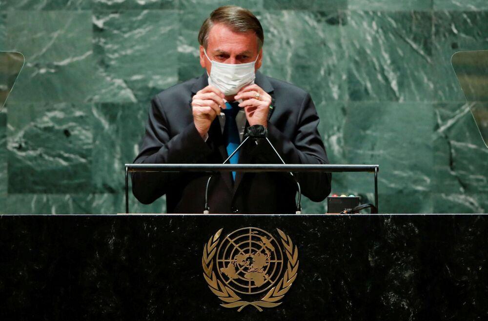 Presidente brasileiro Jair Bolsonaro discursando na  76ª sessão da Assembleia Geral da ONU em Nova York, nos EUA, em 21 de setembro de 2021